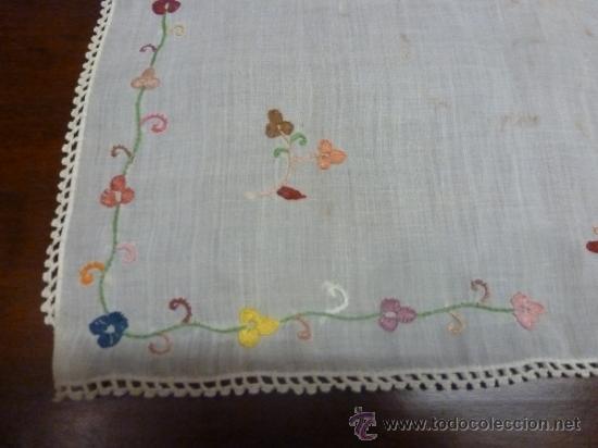 Antigüedades: mantel color bordadas mallorca - Foto 8 - 34670040