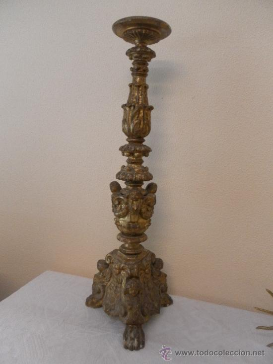 Antigüedades: Candelabro barroco de madera. Siglo XVII / XVIII. Madera estucada y policromada. - Foto 3 - 34685603