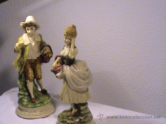 Antigüedades: Preciosa pareja de campesinos porcelana tipo biscuit. - Foto 13 - 34705810