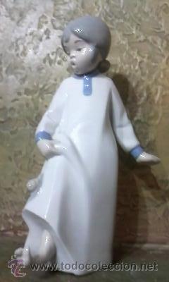 Antigüedades: Figura niña con caracol marca REX VALENCIA.Muy divertida. - Foto 2 - 34729842