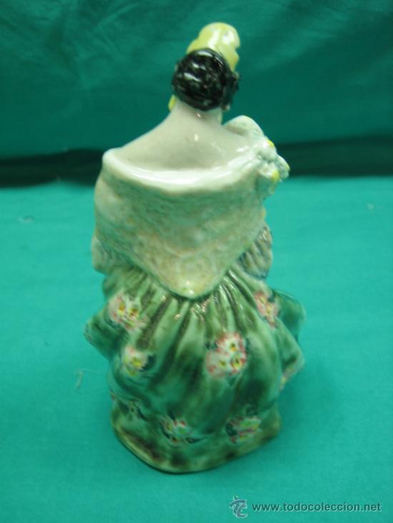 Antigüedades: Figura antigua de porcelana Fallera Valenciana. Firma A. Peyró 16 cm - Foto 3 - 34737270