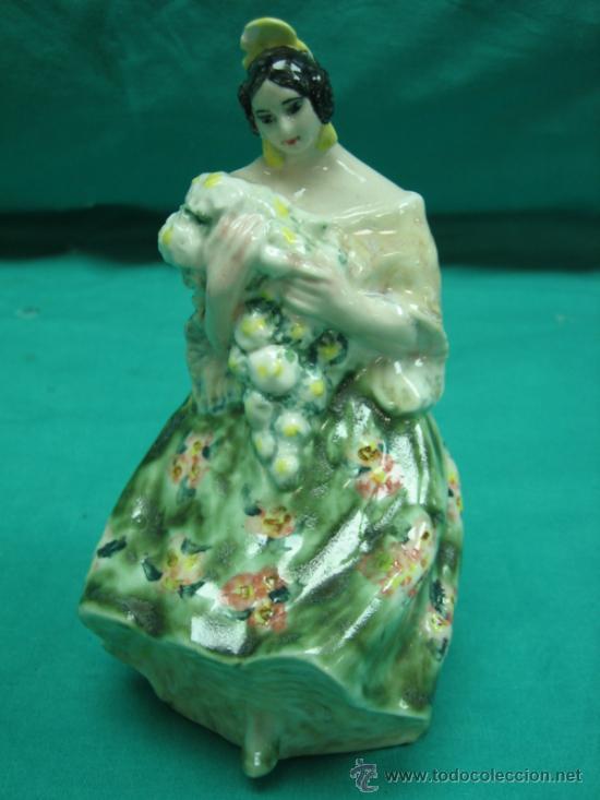 FIGURA ANTIGUA DE PORCELANA FALLERA VALENCIANA. FIRMA A. PEYRÓ 16 CM (Antigüedades - Hogar y Decoración - Figuras Antiguas)