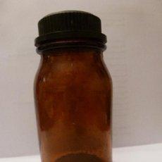 Antigüedades: FRASCO DE FARMACIA , DE LA FABRICA DE PRDUCTOS PUROS BUSQUETS, DE BADALONA. Lote 34742558