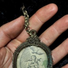 Antigüedades: RELICARIO EN PLATA A MODO DE FILIGRANA CON DOBLE CARA DE FINALES DEL SIGLO XVIII. Lote 34847731