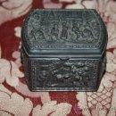 Antigüedades: PRECIOSA CAJA JOYERO EN PELTRE - MARCAS EN LA BASE 'J.B. 1379'. Lote 34871642