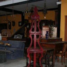 Antigüedades: ESTANTERÍA ESQUINERA EN CAOBA REF.5330. Lote 34907573