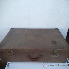 Antigüedades: MALETA ANTIGUA EN CARTON PIEDRA. Lote 34897819