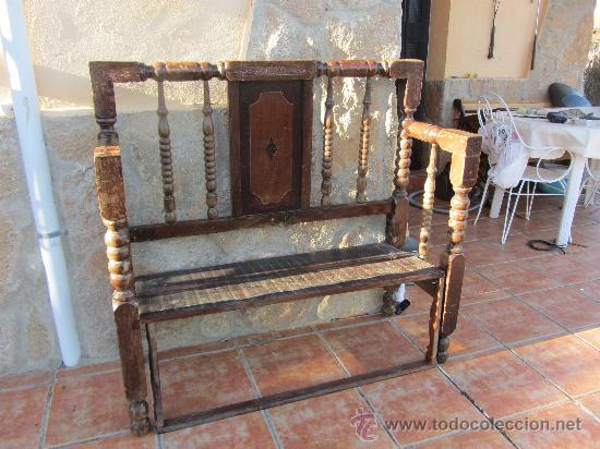 Banco esca o realizado con una vieja cama de comprar for Sofas antiguos