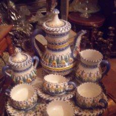 Antigüedades: PRECIOSO JUEGO DE CAFE EN CERAMICAS DE SEVILLA SELLADO.. Lote 34928813