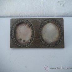 Antigüedades: PORTAFOTOS DE ESTAÑO. Lote 34943681