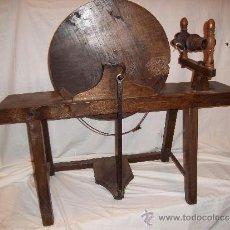 Antigüedades: PRECIOSA RUECA DE MADERA SIGLOS XVIII-XIX. Lote 34957939