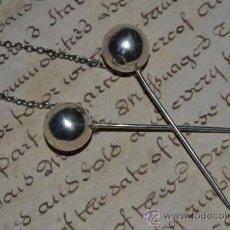 Antigüedades: PRECIOSAS BOLAS DE MOÑO ANTIGUAS EN PLATA UNIDAS POR UN CADENA. Lote 34963639