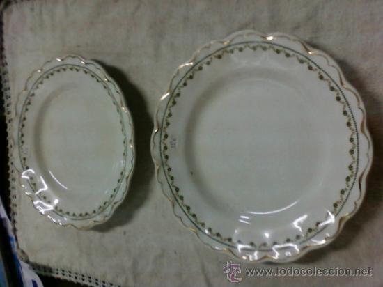 DOS PLATOS S M Y C .SEVILLA (Antigüedades - Porcelanas y Cerámicas - Otras)