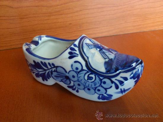Antigüedades: Antiguo cenicero en forma de zueco holandes, porcelana ( DELFTSBLAUW ) Pintado a mano - Foto 2 - 35102346