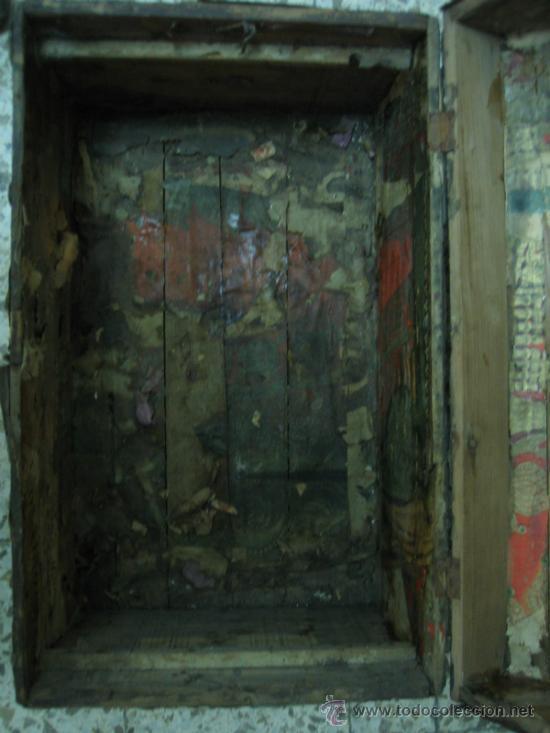 Antigüedades: Baul o Esporton antiguo de Torero. Forrado con el cartel de la retirada de Lagartijo. 44x42x68 cm - Foto 34 - 105631902