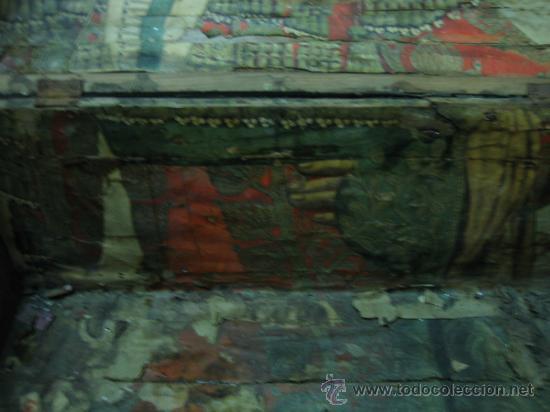 Antigüedades: Baul o Esporton antiguo de Torero. Forrado con el cartel de la retirada de Lagartijo. 44x42x68 cm - Foto 33 - 105631902