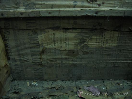 Antigüedades: Baul o Esporton antiguo de Torero. Forrado con el cartel de la retirada de Lagartijo. 44x42x68 cm - Foto 25 - 105631902