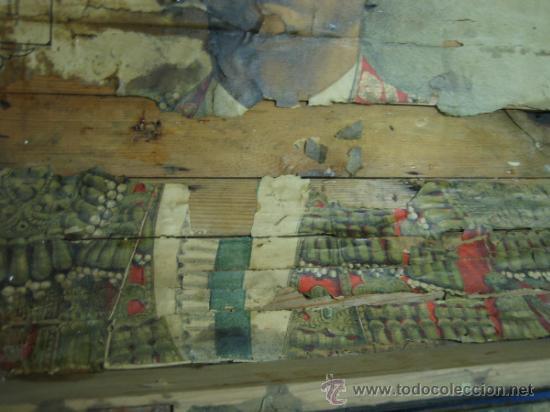 Antigüedades: Baul o Esporton antiguo de Torero. Forrado con el cartel de la retirada de Lagartijo. 44x42x68 cm - Foto 15 - 105631902