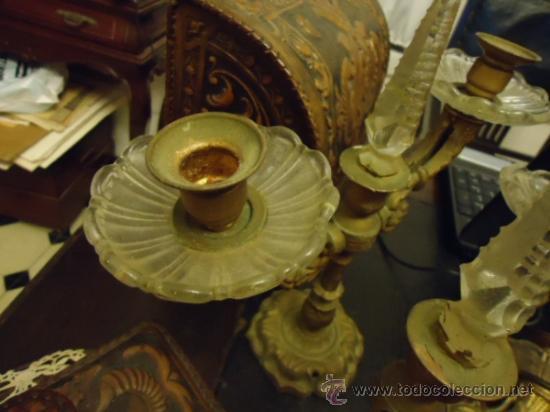 Antigüedades: preciosa pareja de candelabros 3 brazos metal y cristal tallado, total 30x29 cm ideal para virgen - Foto 9 - 35350571