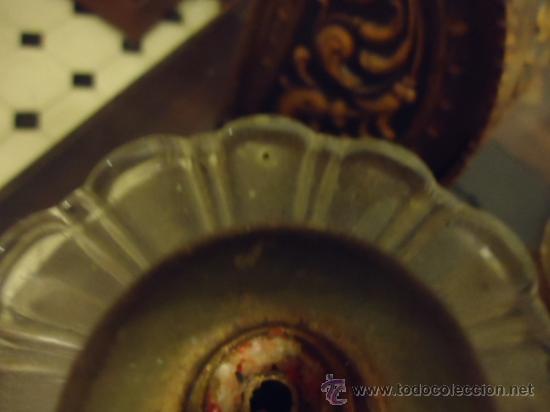 Antigüedades: preciosa pareja de candelabros 3 brazos metal y cristal tallado, total 30x29 cm ideal para virgen - Foto 5 - 35350571