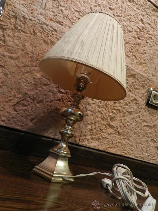 Antigüedades: PRECIOSA LAMPARA DE SOBREMESA EN BRONCE PLATEADO - Foto 3 - 35362815