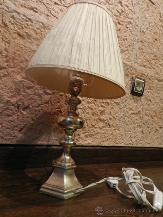 Antigüedades: PRECIOSA LAMPARA DE SOBREMESA EN BRONCE PLATEADO - Foto 2 - 35362815