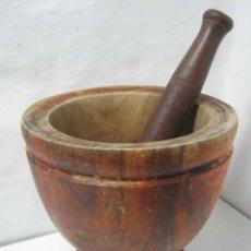 Antigüedades: GIGANTE ALMIREZ MORTERO DE MADERA INDUSTRIAL CON GRAN MANO - 3.2 KG. FARMACIA COCINA. Lote 35355523