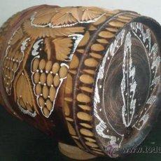 Antigüedades: ANTIGUO BARRIL TALLADO A MANO. Lote 35370796