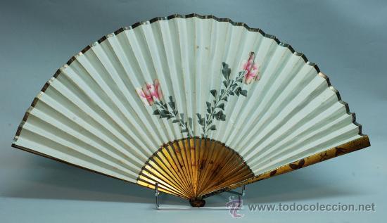 Antigüedades: Gran abanico chino varillaje en madera lacada pais de papel con garzas pintadas finales S XIX - Foto 8 - 35420814