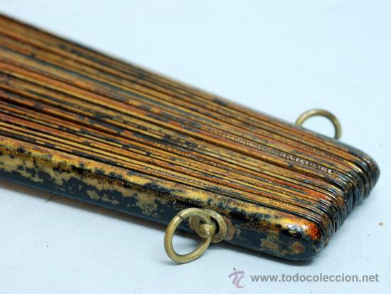 Antigüedades: Gran abanico chino varillaje en madera lacada pais de papel con garzas pintadas finales S XIX - Foto 15 - 35420814