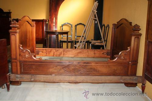 CAMA LUIS FELIPE NOGAL REF.5372 (Antigüedades - Muebles Antiguos - Camas Antiguas)
