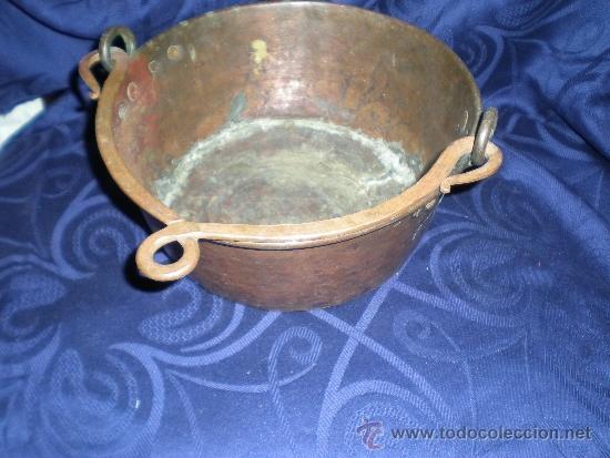 ANTIGUO CUBO CON ASA DE COBRE (Antigüedades - Técnicas - Rústicas - Utensilios del Hogar)