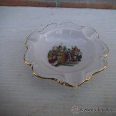 Antigüedades: PEQUEÑO CENICERO DE PORCELANA. Lote 35601775