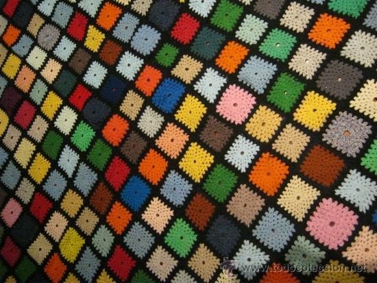 Manta de ganchillo jejida con lana de muchos co comprar - Mantas ganchillo colores ...