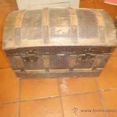 Antigüedades: ANTIGUO BAUL O COFRE LARGO 72 ANCHO 40 ALTO 53. Lote 35646328