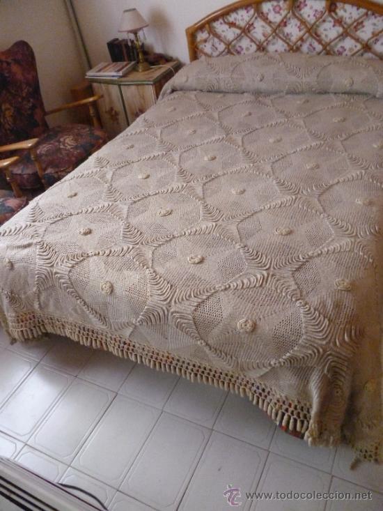 Colcha de hilo a ganchillo comprar colchas antiguas en for Decoracion del hogar en crochet