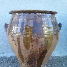Antigüedades: ANTIGUA ORZA OREJERA DE BARRO SEMIVIDRIADA. UTILIZADA PARA GUARDAR EL ACEITE. Lote 35720858