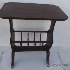 Antiquités: REVISTERO DE MADERA DE MOGNO Y PATAS DE BRONCE. Lote 35771722