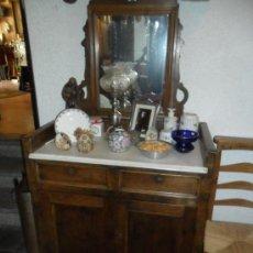 Antigüedades: TOCADOR EN MADERA DE NOGAL ESPAÑOL MACIZO - SIGLO XIX. Lote 27184654
