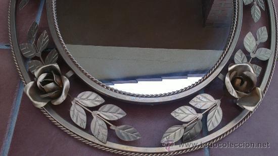 Antigüedades: PRECIOSO ESPEJO OVALADO CON ROSAS DE FORJA.HIERRO DORADO. - Foto 6 - 103047720