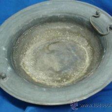 Antigüedades: - BRASERO DE METAL CON SOPORTE DE ASAS REMACHADOS. Lote 35924245