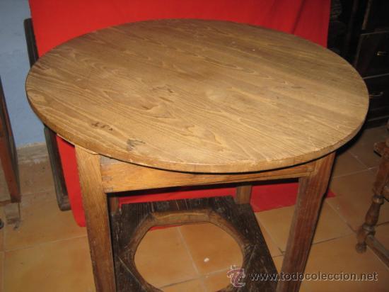 Antigüedades: Mesa rustica en madera de castaño, con base para brasero y cajón auxiliar. - Foto 2 - 26426510