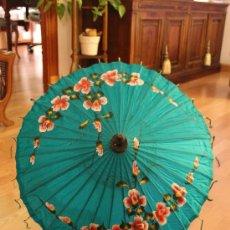 Antigüedades: SOMBRILLA THAILANDESA. Lote 35884505