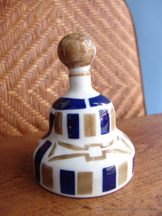 Antigüedades: PRECIOSA FIGURA DE HOMBRE-BOTELLA CON FORMA DE CAMPANA DE CERÁMICA SARGADELOS VINTAGE - Foto 3 - 35910508