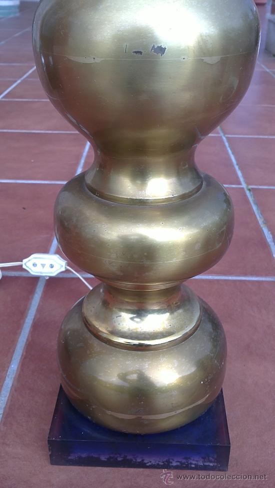 Antigüedades: LAMPARA DE MESA DE BRONCE.BASE METRAQUILATO - Foto 2 - 35984206