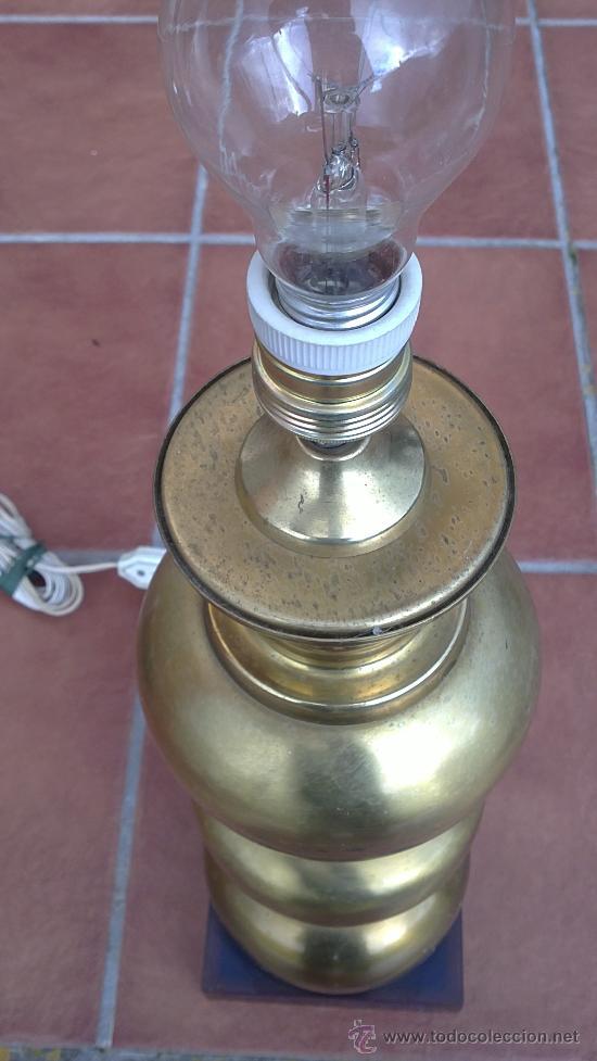 Antigüedades: LAMPARA DE MESA DE BRONCE.BASE METRAQUILATO - Foto 3 - 35984206