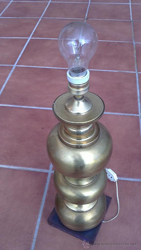 Antigüedades: LAMPARA DE MESA DE BRONCE.BASE METRAQUILATO - Foto 4 - 35984206