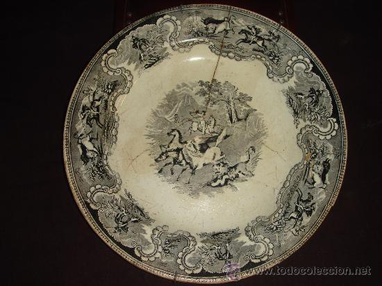PRECIOSO Y ANTIGUO PLATO DE CERAMICA DE CARTAGENA. SERIE GRIS. CON SELLO. LAÑADO. S. XIX (Antigüedades - Porcelanas y Cerámicas - Cartagena)