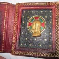 Antigüedades: CARTERA CON EL ROSTRO DE JESUCRISTO,EN ORO O DORADO,AÑOS 20 Ó 30. Lote 36024171