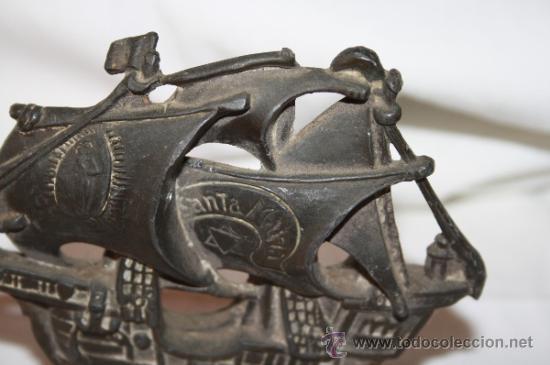 Antigüedades: ESCULTURA O PISAPAPELES. REPRODUCCIÓN EN PLOMO DE LA CARABELA 'SANTA MARÍA'. SIGLO XX - Foto 5 - 36161173